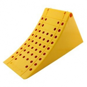 WHEEL CHOCK YELLOW 470X200X230MM 1.7KG